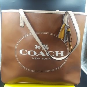 Authentic coach extra large tote